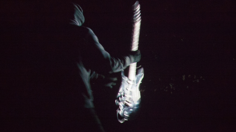 Natascha Stellmach, Video still from Scream, 2-channel video projection, 4:40 min, 2010