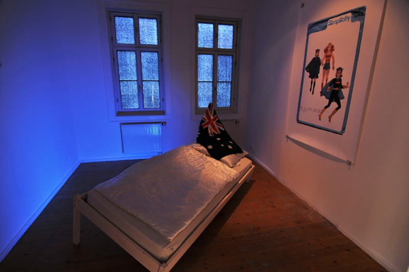 © Natascha Stellmach, Installation view: The Book of Back, mixed media, video (Oi Oi Oi), photograph, ACC Galerie Weimar, 2009