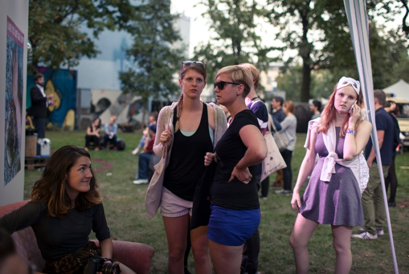 Spectators outside The Letting Go Installation at Berlin Festival, photo by Michael Lelliott